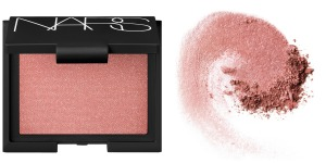 NARS-Outlaw-blush-swatch